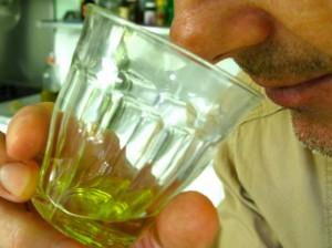 Tasting Olive Oi