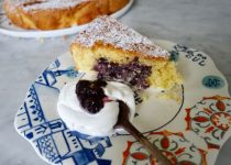 Soft Pie with Ricotta Cheese and Cranberry Jam in 10 minutes