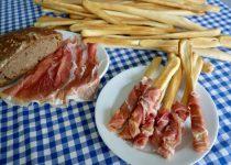 Homemade Italian Breadsticks - Grissini!